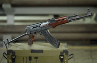 カラシニコフ社が1948年に製造されたAK-47のプロトタイプを紹介