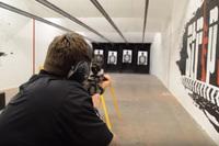 「ローン・サバイバー」元 SEAL 隊員マーカス・ラトレル氏 V.S. 一般市民によるワンショット射撃対決