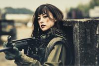 人気女性ファッションモデルの山本美月さんが雑誌の連載企画でサバゲーに挑戦中