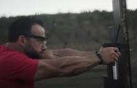 元 ST6 隊員ドム・ラアソ氏が出演する NRATV のモチベーション映像