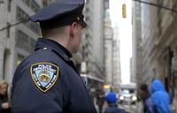 ニューヨーク市警が2018年8月末を期限にリボルバー式拳銃の利用を廃止し、セミオートマチック式へ移行