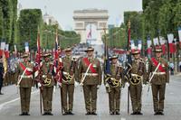 「兵士の制服は国産品を」オーストラリアで議員らが中国産を選択した国防省を非難