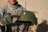 米陸軍、海兵隊に向けて製造された「受刑者」謹製の防弾ヘルメットが大量に欠陥品