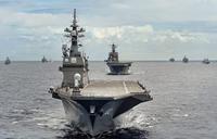 艦艇・潜水艦 40 隻以上が参加、リムパック 2014 で圧巻のフォーメイションが公開