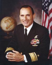 初めてのSEALs出身提督、リチャード・ライオン元海軍少将が93歳で死去
