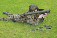 RPG-7 の半分の重量、ロシア KBP が開発した世界一コンパクトなグレネードランチャー「BUR」