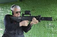 接近戦でボディーアーマーを撃ち抜く、ロシアの12.7mm口径のブルパップ自動小銃「ShAK-12」