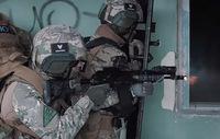 ロシアの法執行機関系特殊部隊にみられるタクティカル・フルオート射撃