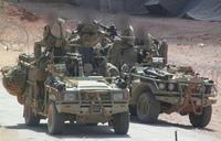 弾切れの中でISに包囲。絶体絶命のピンチを水たまりや石、ライフルをバットに使って切り抜けた英軍SAS