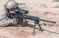 SAS スナイパー、イスラエル製「DAN .338」を使用し 1,200m 先から処刑訓練中 IS 幹部をヘッドショット