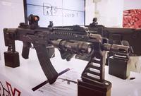 スロベニア製モダナイズ版 AK クローン「REX AKB-15」