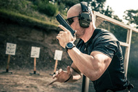 シグ・サワー社の SIG P226 ピストルの取得を求める南アフリカの特殊部隊