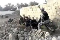 レンガ造りの壁が崩壊、ハプニングに見舞われた訓練映像