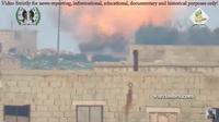 自由シリア軍 (FSA) 「戦車ハンター」による対戦車ミサイルを使った T-90 戦車への攻撃映像