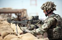 イギリス軍が装備重量削減を狙ってL110 5.56mm軽機関銃を廃止