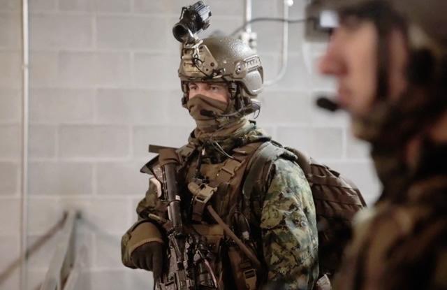 米海兵隊 武装偵察部隊 フォース リーコン による派兵前訓練の映像が