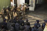 広島・山口両県警が米海兵隊特殊対応チームによるハイリスク訓練シナリオを視察。特殊事件捜査係・SITの姿も