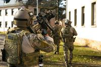 「スーパーソルジャー」を実現?米軍特殊作戦司令部がパフォーマンスを向上させるサプリ・薬物の利用を検討