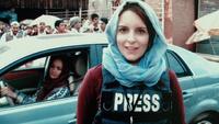 アフガニスタン従軍ジャーナリストの奮闘をコメディに描いた戦争映画「Whiskey Tango Foxtrot」