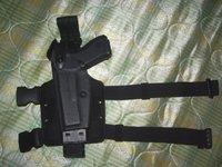 サファリランド製 実物 グロック17用レッグホルスター 6005 左利き用