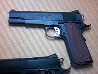 F.B.I正式採用銃