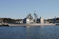 米巡洋艦を中国艦が進路妨害。米艦緊急停止。衝突まで残り約500m