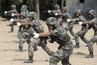 中国人民解放軍兵士の個人装備費用の約半分は(ToT)