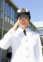 海上自衛隊に声楽科出身の新隊員。三宅さんとの競演がまちどおしいぞ♪