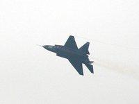 中国新型ステルス風戦闘機お披露目、これをアノ国が欲しがり出してます♪