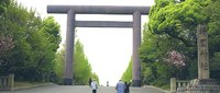 終戦の日を迎えるにあたり、靖国神社には、誰が祀られているのでしょう