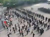 【動画】韓国警察官のシャープな暴動制圧機動