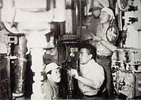 旧海軍呂型潜水艦の内部写真、元乗組員が保管