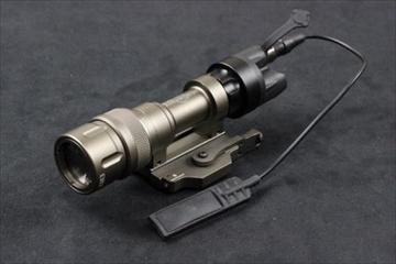 エレメント シュアファイア M952V ウェポンライト DE