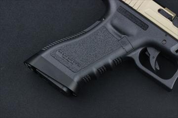 マグプルPTS RAVEN FREYA 東京マルイ Glock用 アルミ製マグウェルBK
