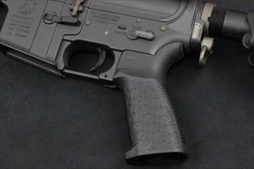 マッドブル Strike Industries M4 EPG グリップ BK 電動ガン用