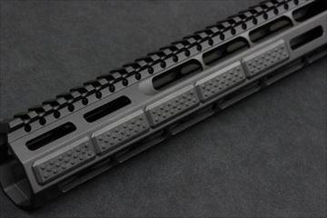 マッドブル Strike Industries MLOK カバー V1 Style BK