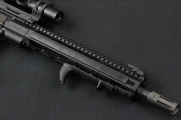 実物マグプル M-LOK レイルカバー Type1 BK