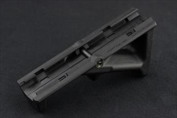 実物MAGPUL AFG-2 フォアグリップ BK