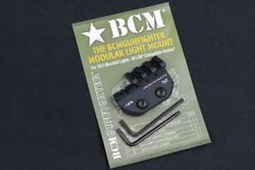 実物 BCM GUNFIGHTER MODULAR LIGHT MOUNT M-LOK
