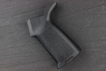 DEFUCTOR MOE M4 グリップ BK 電動ガン用