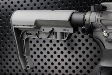 OUTLINE M4 Gunsフォト BAD556 FG カスタム