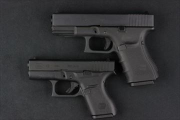 HOGWARDS G42 Glock19比較