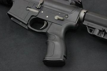 IMI Defense EG コンバットピストルグリップFor M4 GBB