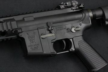 KING ARMS M4 RIS 電動ガン