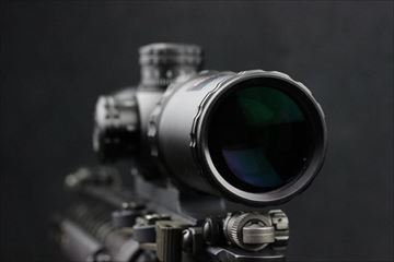 OUTLINE_Bushnell-AR-OPTICS-2732 実物ショートスコープ