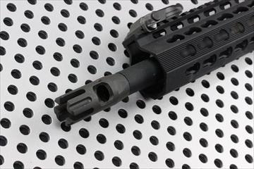OUTLINE_Rainier-Arms-XT-Comp-AR15