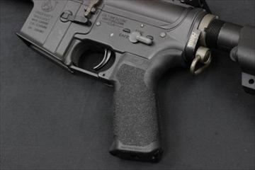 VFC M4 QRSグリップ BK 電動ガン用