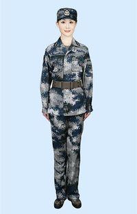 中国空軍空挺部隊、対空ミサイル部隊に新型迷彩服支給へ