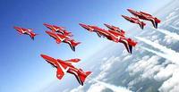 英空軍アクロバット飛行隊、英五輪開会式で展示飛行