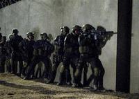 現役米海軍特殊部隊員、無断でゲームソフト製作に協力、減給。